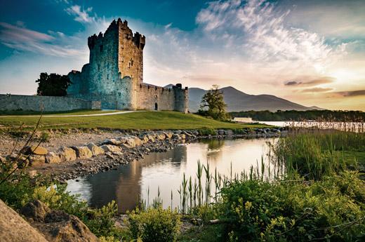viajar-irlanda-moto-castillo-ross-killarney