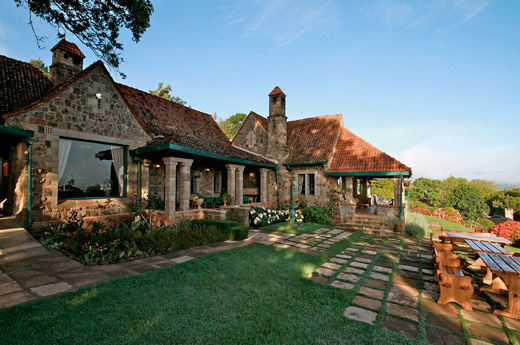 viaje-kenia-zanzibar-aberdares-country-club