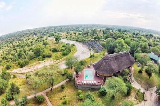 viaje-tanzania-tanganyika-tarangire-river-camp